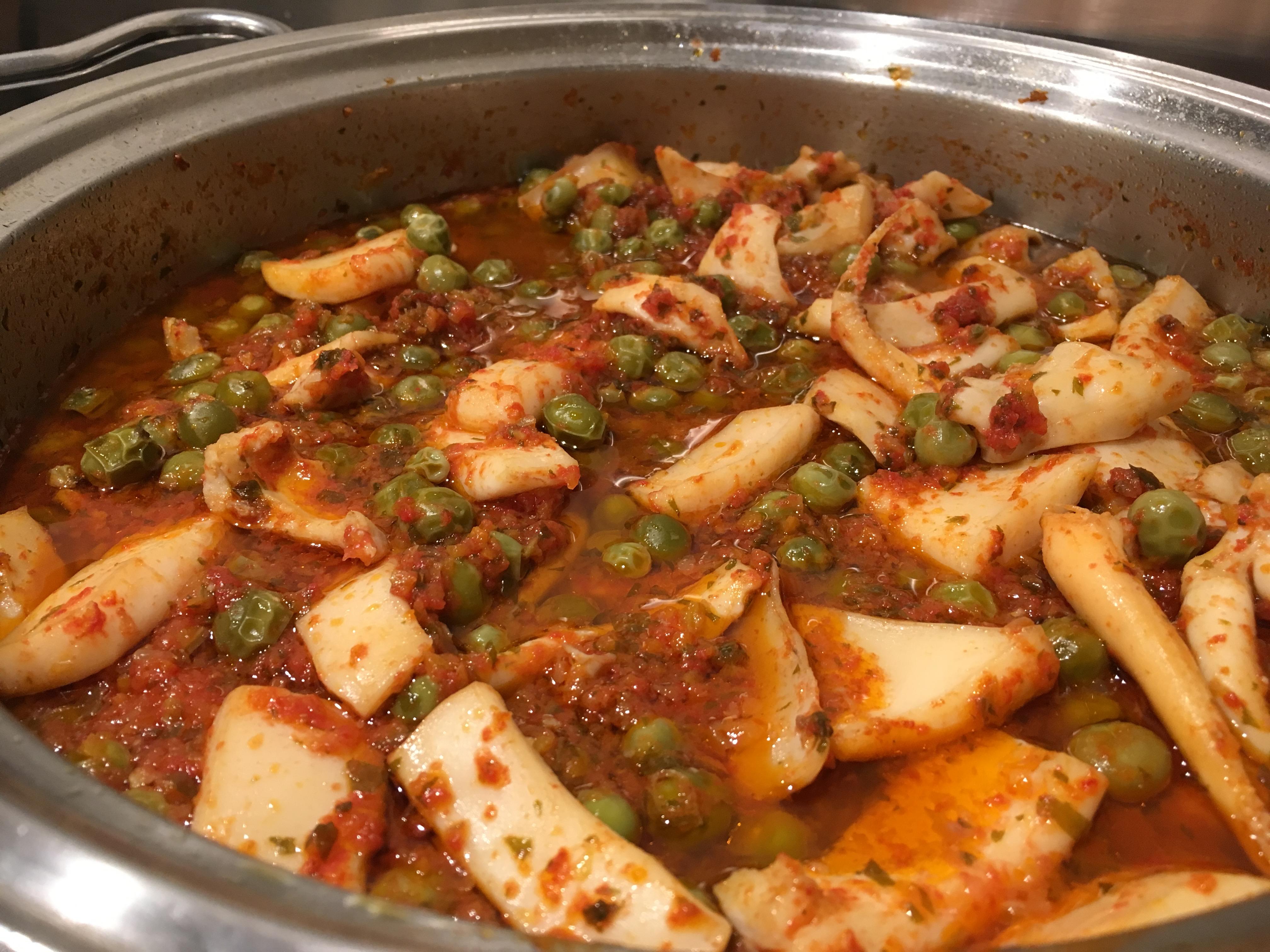 Pesce in tavola prelibatezza romagnola seppie e piselli for Cucinare piselli